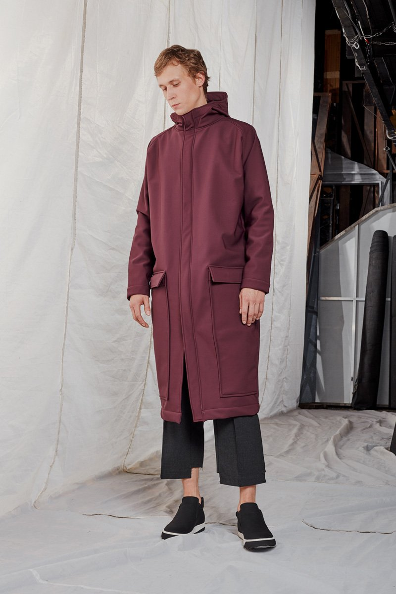 OHMY_statement coat_ AW188340SMALL