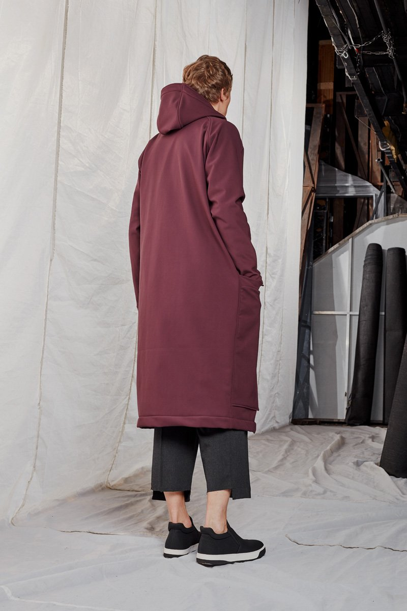 OHMY_statement coat_ AW188351SMALL